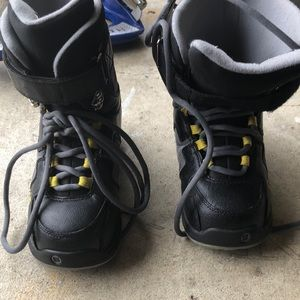 Youth Snow boarding boots